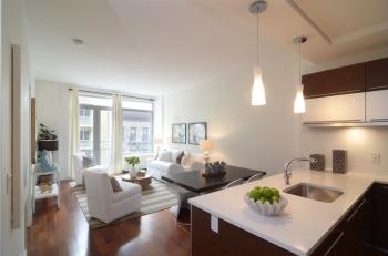 Crescent Club Living-Kitchen SMALL