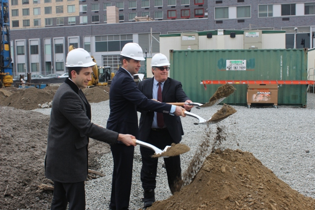 Casey Fisher of Fisher Development Associates, Jersey City Mayor Steven Fulop and Brian Fisher of Fisher Development Associates break ground to celebrate the start of construction of 33 Park Avenue, a new 44-story luxury rental building on the Gold Coast of downtown Jersey City.