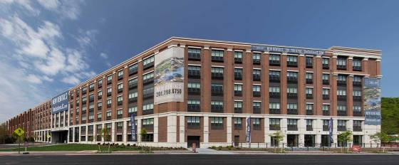 the-enclave-apartments-jersey-city-game-exterior